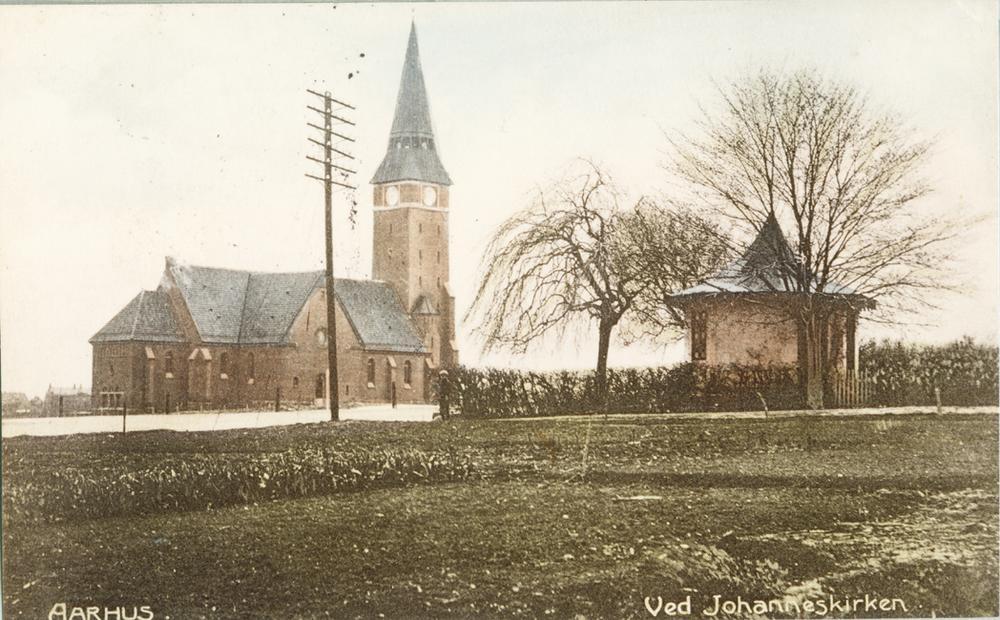 Aldersrovej 1906. Villa Aldersros have ved Skt. Johanneskirken
