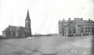 Kirken_og_skolen_lille_fil